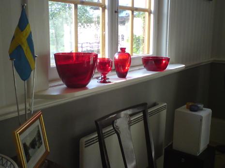 Brukskontoret-rött-glas