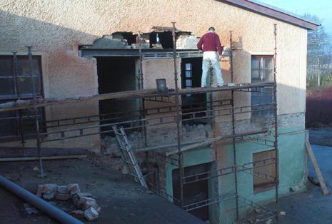 Upptagning i vägg för ny port med körhöjd på 5,5 meter