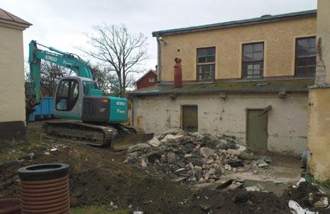 Rivning av sentida tillbyggnad på Gamla fabriken i oktober 2008