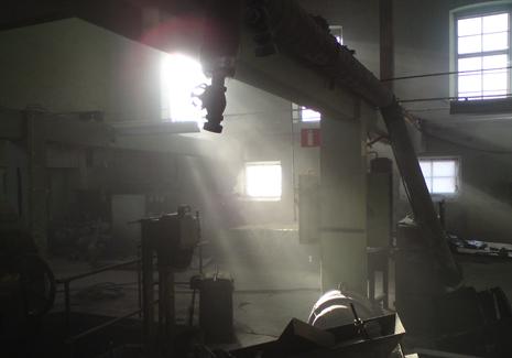 Gamla-fabriken-solstrålar-i-fabrikshall